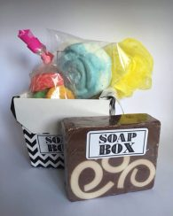 Gift Pack $20, 2pack of bombs, sugar soaps, loofa, and vanilla ice cream soap